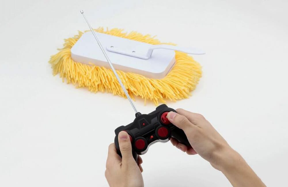 Remote Control Mop @wiseshoppinginf / Twitter.com