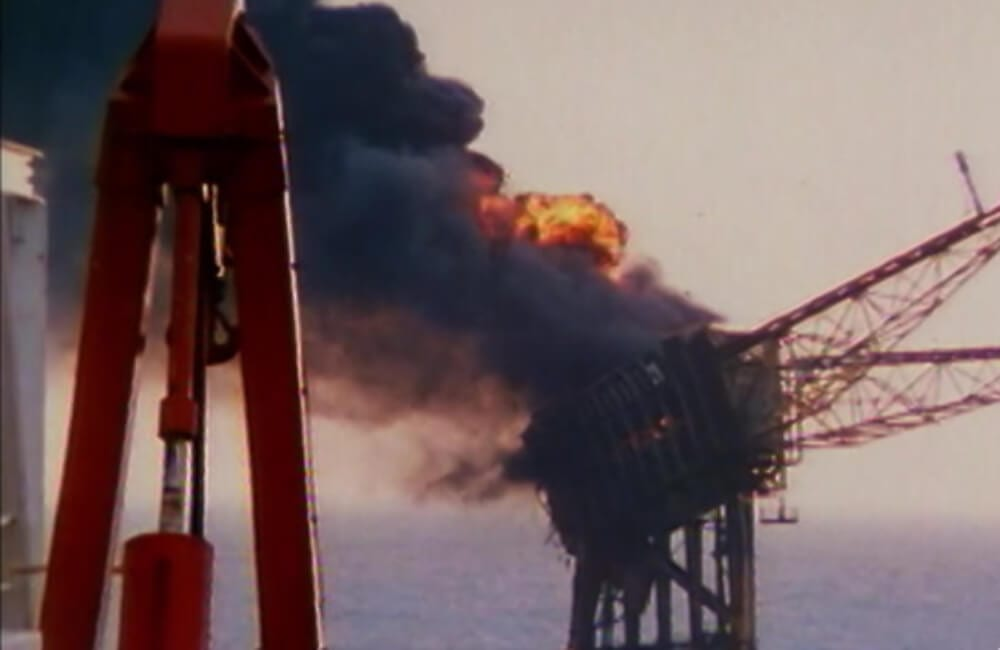 Piper Alpha Explosion @Smithsonian Channel / YouTube.com