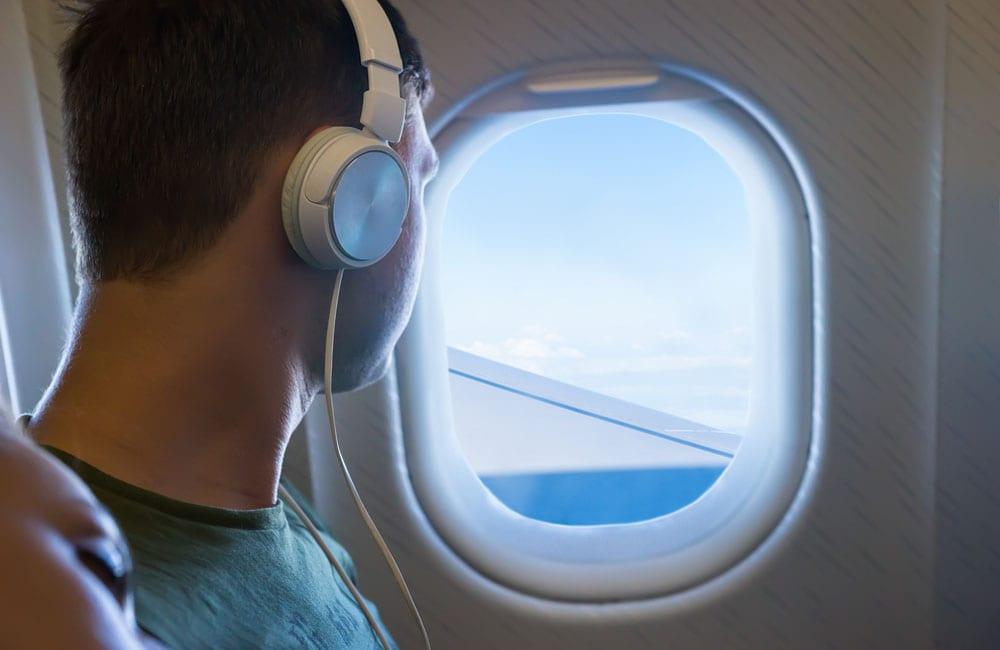 Bring your own headphones Viacheslav © Nikolaenko / Shutterstock.com