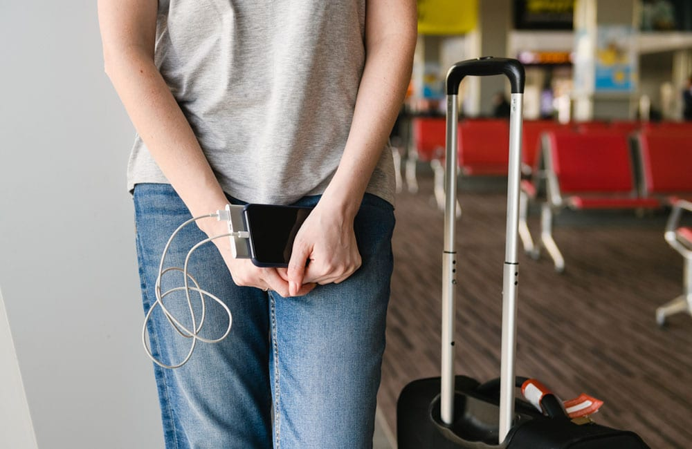 Don't forget to bring a portable charger © O_Lypa / Shutterstock.com