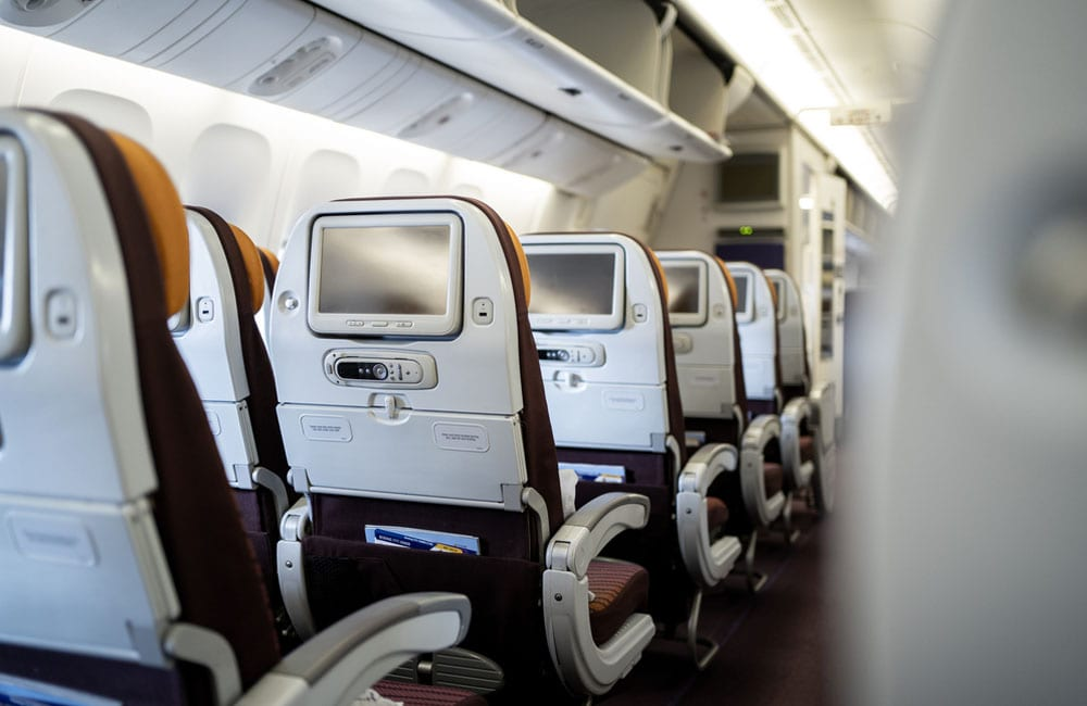Find the best seat on the plane when you check in © Kunat CR / Shutterstock.com