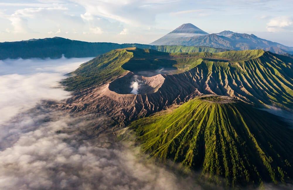 Mount Bromo © Sugrit Jiranarak / Shutterstock.com
