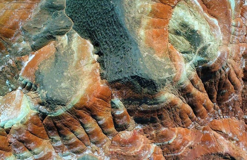 Sandstones of Zhangye Danxia © M.  Scheja / Shutterstock.com