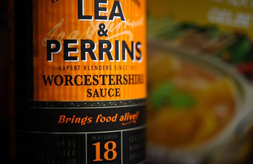 Worcestershire Sauce © Ralf Liebhold / Shutterstock.com