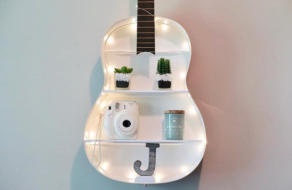 Guitar Case Into Shelves @lovepropertyuk / Pinterest.com