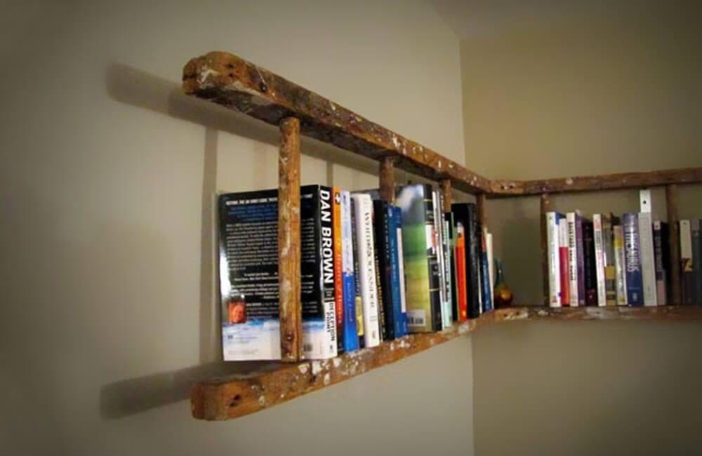 Old Ladder Into Bookshelf @beamee / Pinterest.com