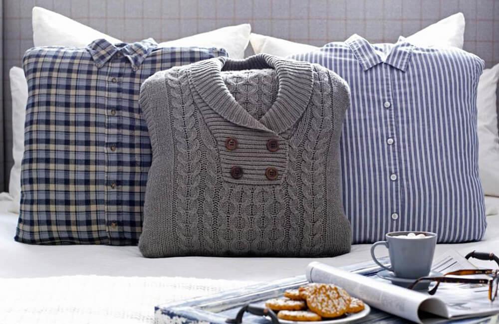 Old Shirts Into Cushions @lovepropertyuk / Pinterest.com