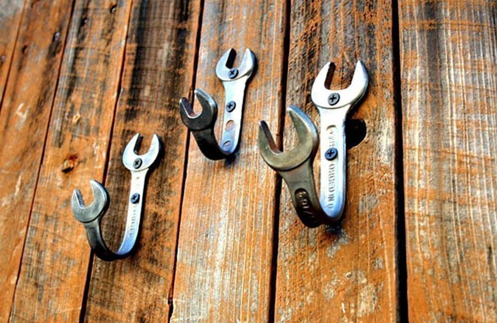Wrenches Into Wall Hooks @boredpanda / Pinterest.com