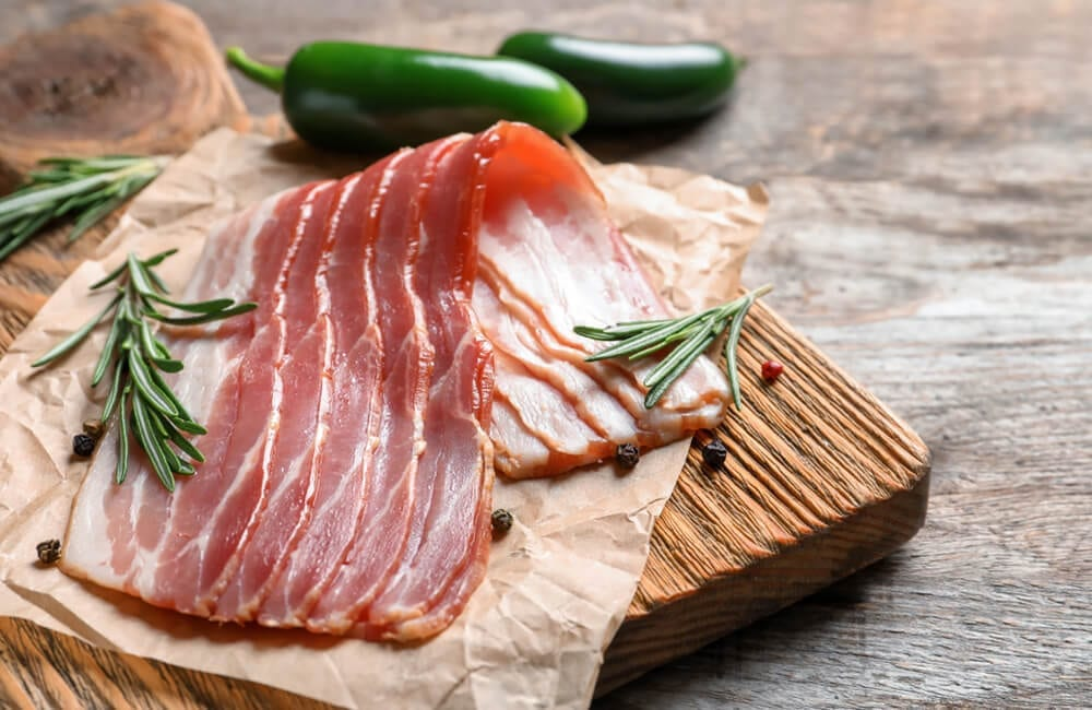 Bacon © New Africa / Shutterstock.com