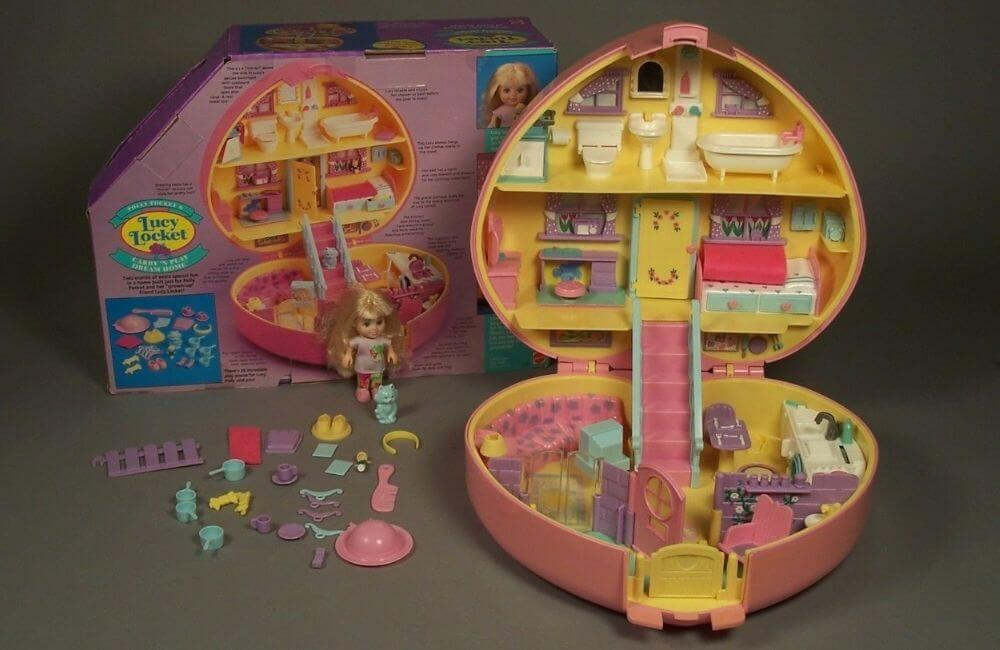Polly Pocket - Carry 'N Play Dream House @Mariah Rose / Pinterest.com