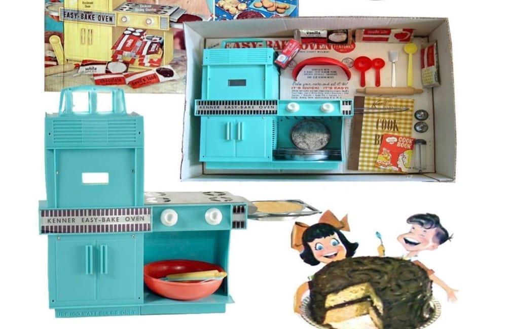 Easy-Bake Oven @Sharon Cloutier Cushman / Facebook.com