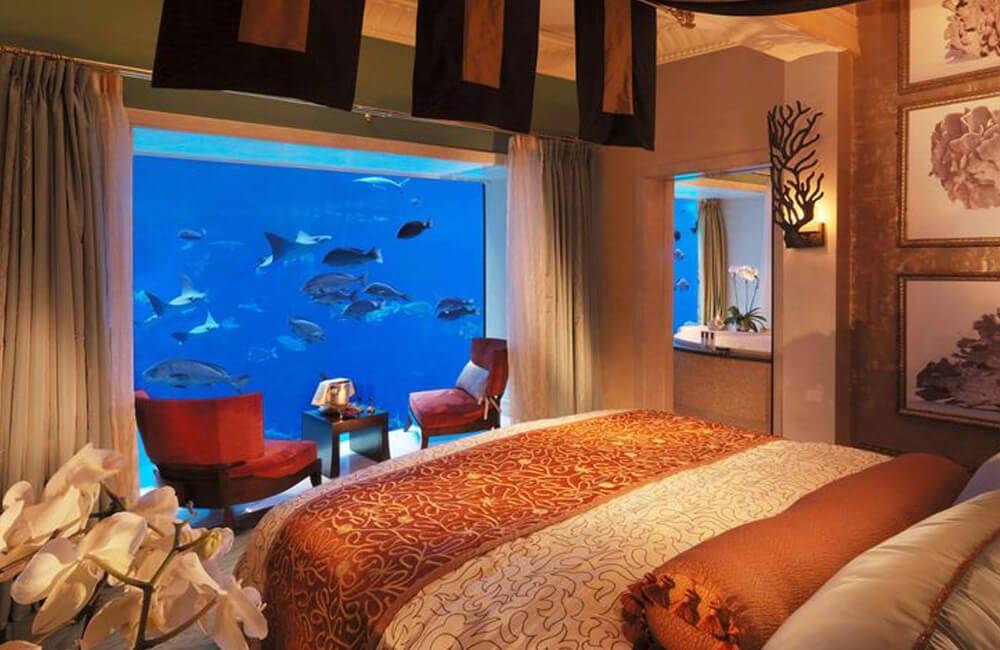 Undersea Hotels @cntravele / Pinterest.com