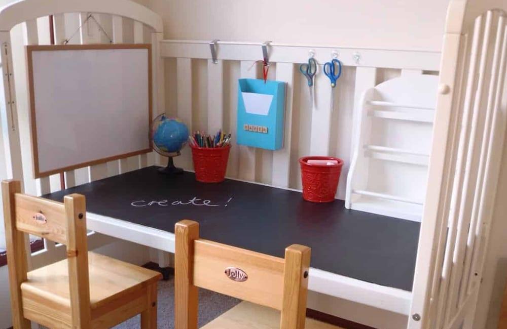Crib Into Desk @sofipini / Pinterest.com