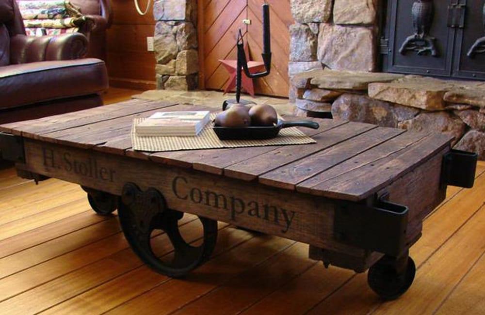 Factory Cart Into Table @lucianaxm / Pinterest.com