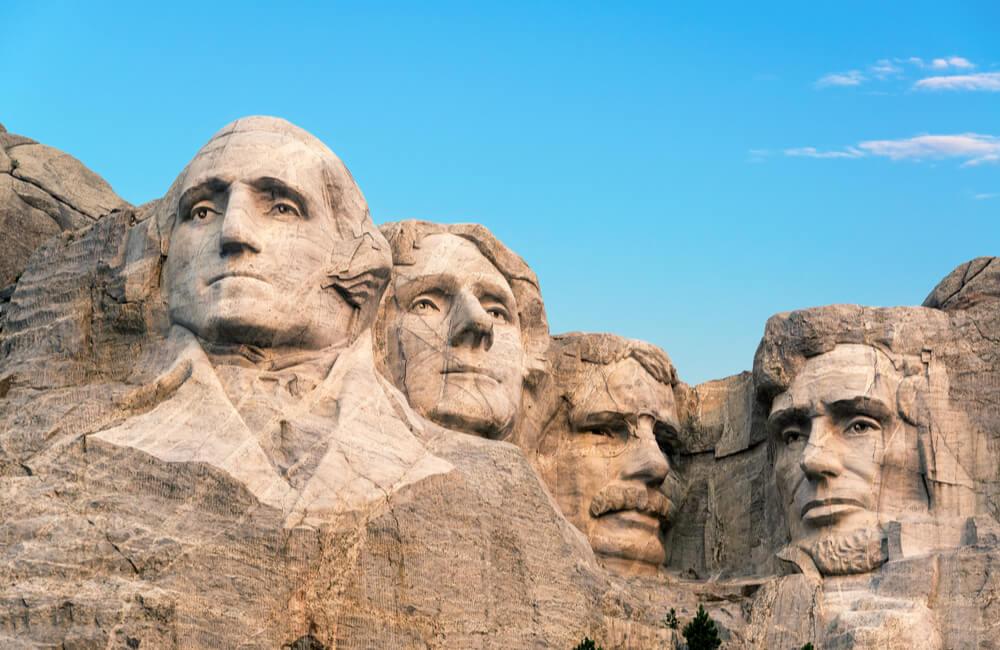 Mount Rushmore @Jess Kraft / Shutterstock.com