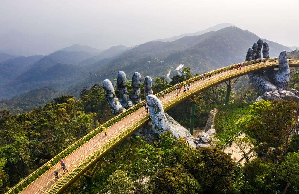 Golden Bridge, Danang, Vietnam ©Hien Phung Thu/Shutterstock