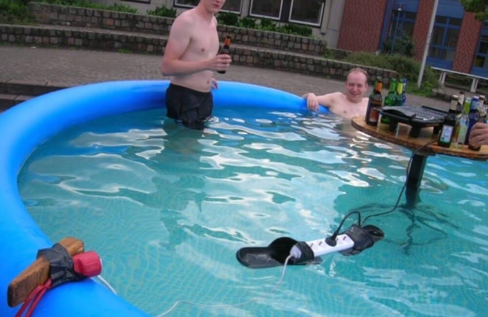 Pool Sound-System ©imgur.com