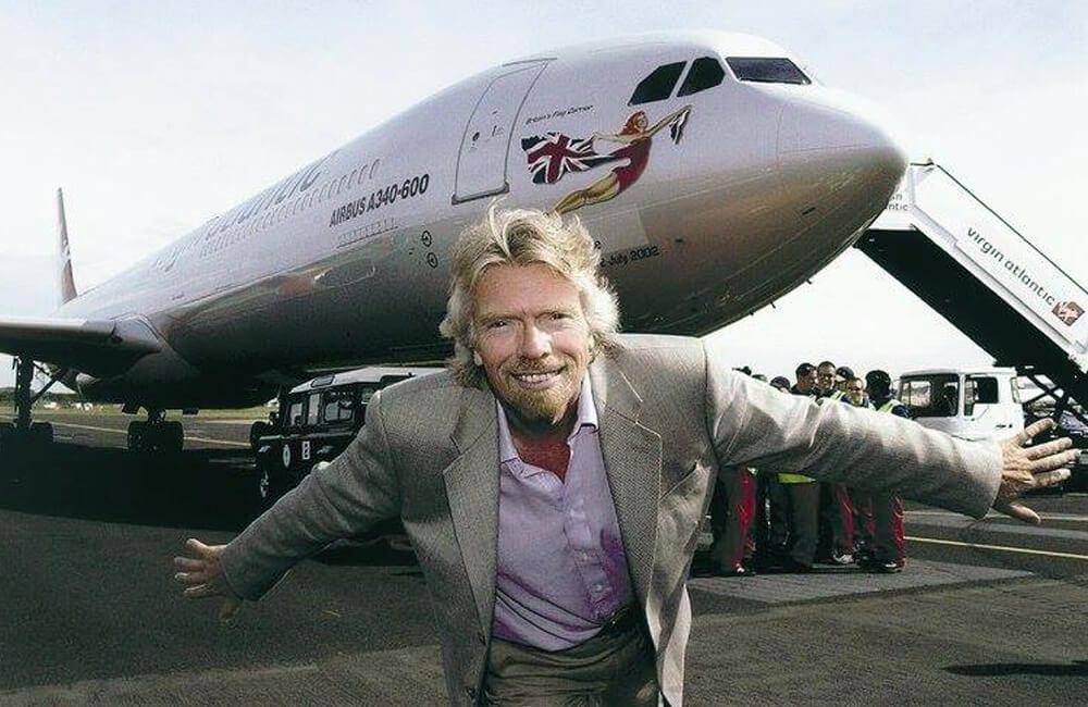 Richard Branson Falcon 900EX @careermentoruk / Facebook.com