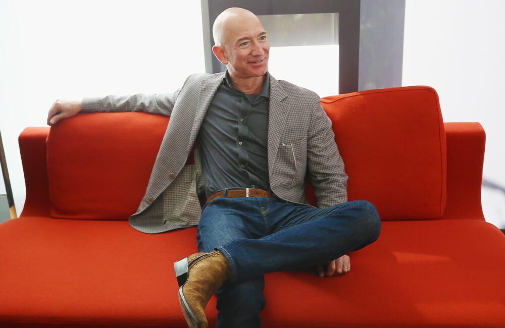 Jeff Bezos @ PhillipFaraone / Getty Images