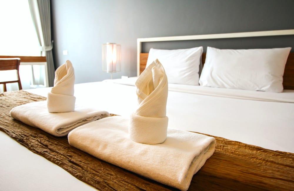 Hotel Room @small1 / Shutterstock.com