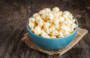 Flavored Popcorn @Backgroundy / Shutterstock.com